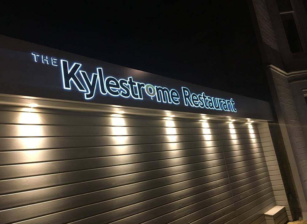 1000x730px kylestrome