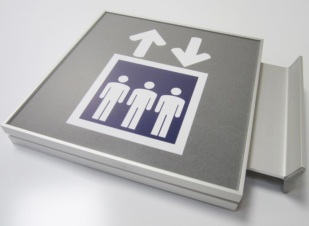 1000x730px toilet
