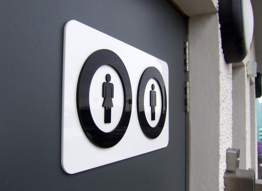 1000x730px toilets